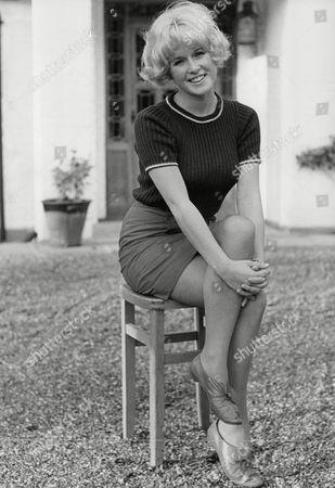 Debbie Bowen Actress. Box 721 606121650 A.jpg.