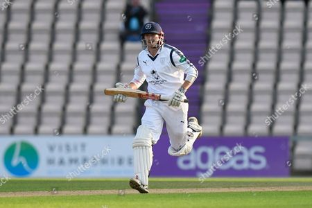 George Bailey of Hampshire batting during the Specsavers County Champ Div 1 match between Hampshire County Cricket Club and Surrey County Cricket Club at the Ageas Bowl, Southampton