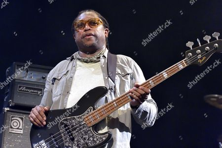 Darryl Jones