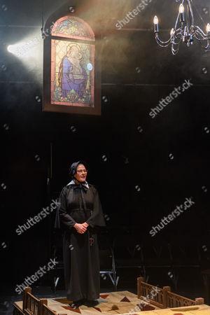 Stella Gonet (Sister Aloysius)