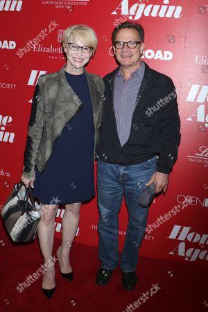 Stock Photo of Tracy Shayne and Peter Scolari