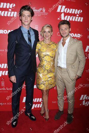 Stock Picture of Pico Alexander, Reese Witherspoon and Jon Rudnitsky
