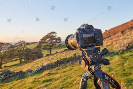 Peak District United Kingdom - October 5: A Tripod-mounted Canon Eos 5d Mark Iii Digital Slr Camera On A Hillside In The Peak District Of Staffordshire