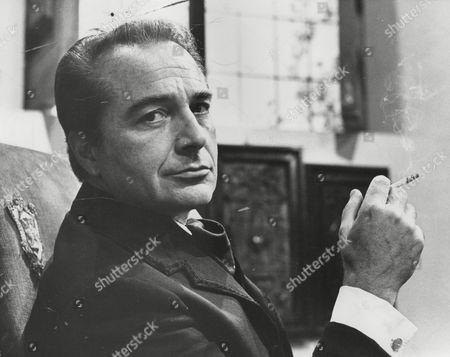 Rossano Brazzi Italian Actor. Box 725 413121614 A.jpg.