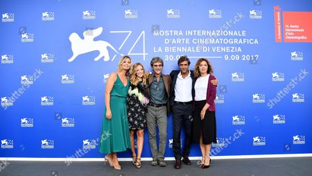 (L-R) Italian actresses Anna Ferzetti, Laura Adriani, Italian director Silvio Soldini, Italian actors Adriano Giannini and Valeria Golino pose during a photocall for 'Il colore nascosto delle cose' at the 74th annual Venice International Film Festival, in Venice, Italy, 07 September 2017. The movie is presented out of competition at the festival running from 30 August to 09 September.