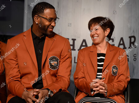 Tracy McGrady, Muffet McGrady. Inductees into the Basketball Hall of Fame Tracy McGrady, left, and Muffet McGraw, smile as they sit together during a news conference at the Naismith Memorial Basketball Hall of Fame, in Springfield, Mass