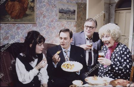 Caroline Milmoe (as Lisa Duckworth), Nigel Pivaro (as Terry Duckworth), William Tarmey (as Jack Duckworth) and Elizabeth Dawn (as Vera Duckworth)