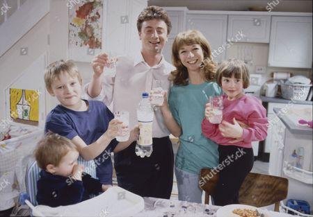Thomas Ormson (as David Platt), Warren Jackson (as Nicky Tilsley), Sean Wilson (as Martin Platt), Helen Worth (as Gail Platt) and Lynsay King (as Sarah Tilsley)