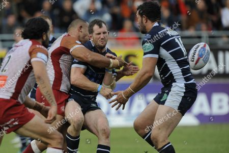 Richard Moore of Featherstone tackled during the Rugby league, BETFRED SUPER LEAGUE XXII game, The qualifiers round 5, Gilbert Brutus stadium Perpignan France, saturday, september 9 2017, Dragons Catalans (Perpignan) vs FEATHERSTONE- Credit photo : Pascal RODRIGUEZ/SIPA