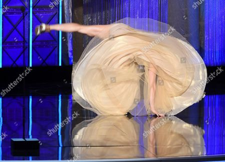 Jessie Graff performs during night one of the Television Academy's 2017 Creative Arts Emmy Awards at the Microsoft Theater, in Los Angeles