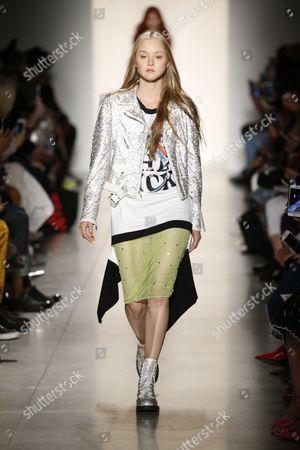 Devon Aoki on the catwalk