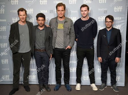 """Benedict Cumberbatch, Alfonso Gomez-Rejon, Michael Shannon, Nicholas Hoult, Michael Mitnick. Benedict Cumberbatch, from left, director Alfonso Gomez-Rejon, Michael Shannon, Nicholas Hoult and Michael Mitnick attend a press conference for """"The Current War"""" on day 4 of the Toronto International Film Festival at the TIFF Bell Lightbox, in Toronto"""