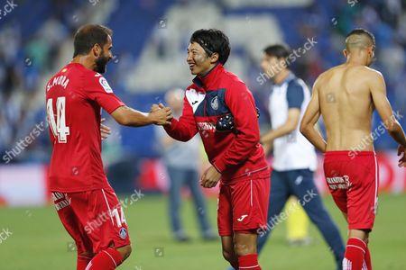 (L-R) Sergio Mora, Gaku Shibasaki (Getafe)