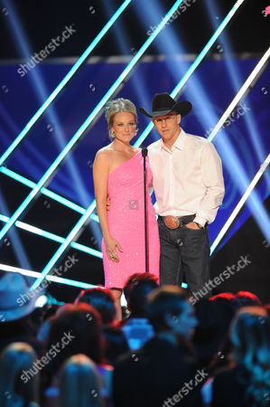 Stock Image of Jewel and Ty Murray appear on stage during the American Country Awards, in Las Vegas