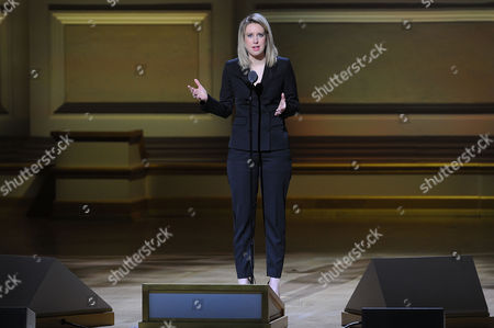 Elizabeth Holmes accepts The Entrepreneur award at the 25th Annual Glamour Women of the Year Awards at Carnegie Hall, in New York