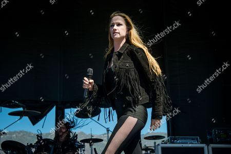 Jill Janus of Huntress performs during night one of Ozzfest meets Knotfest at San Manuel Amphitheater, in San Bernardino, Calif
