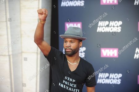 Johnny Ray Gill attends the arrivals at VH1's Hip Hop Honors at David Geffen Hall at Lincoln Center, in New York