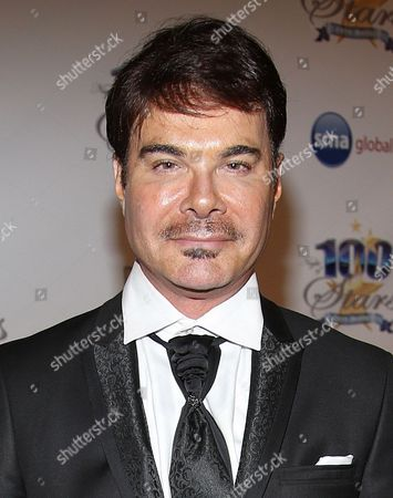 Eric Schiffer arrives at the 24th Night of 100 Stars Oscars Viewing Gala at The Beverly Hills Hotel on in Beverly Hills, Calif