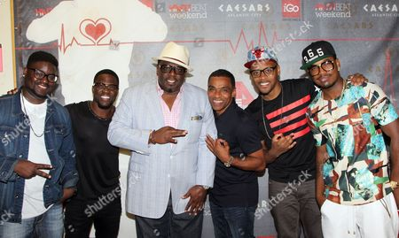"""L-R) Lil Rel, Kevin Hart, Cedric """"The Entertainer"""", Lealand """"Pookey"""" Wigington, Lavar Walker and Ne-Yo arrive at HartBeat Weekend Comedy All-Stars Show Hosted by Kevin Hart on at Circus Maximus Theatre at Ceasars Hotel & Casino in Atlantic City, New Jersey"""