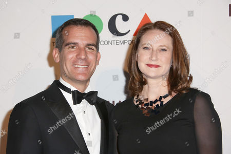 Mayor of Los Angeles Eric Garcetti and Amy Wakeland arrive at MOCA's 35th Anniversary Gala presented by Louis Vuitton at The Geffen Contemporary at MOCA on in Los Angeles