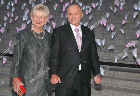 New York Police Commissioner Ray Kelly, right, with his wife Veronica Kelly, left, attends the Vanity Fair Tribeca Film Festival Party,, in New York