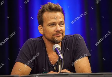 Sean Patrick Flanery appears during the Wizard World Chicago Comic-Con at the Donald E. Stephens Convention Center, in Chicago