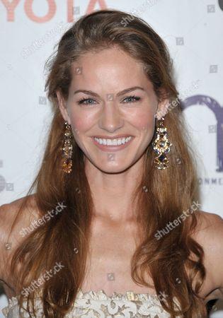 Kelly Overton arrives at the 22nd Annual Environmental Media Awards, at Warner Bros. Studios in Burbank, Calif