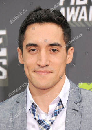 Actor Keahu Kahuanui arrives at the MTV Movie Awards in Sony Pictures Studio Lot in Culver City, Calif., on