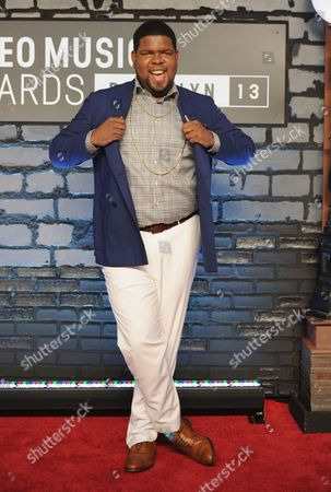 Ray Dalton arrives at the MTV Video Music Awards, at the Barclays Center in the Brooklyn borough of New York