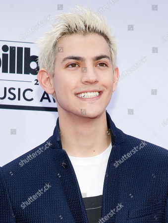 Nick Hissom arrives at the Billboard Music Awards at the MGM Grand Garden Arena, in Las Vegas