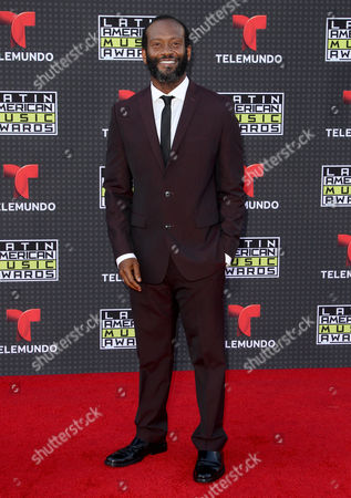 Modesto Lacen arrives at the Latin American Music Awards at the Dolby Theatre, in Los Angeles