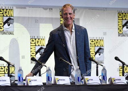 "Scott Bakula arrives at the ""Star Trek"" panel on day 3 of Comic-Con International, in San Diego"