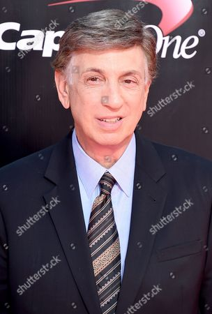 Marv Albert arrives at the ESPY Awards at the Microsoft Theater, in Los Angeles