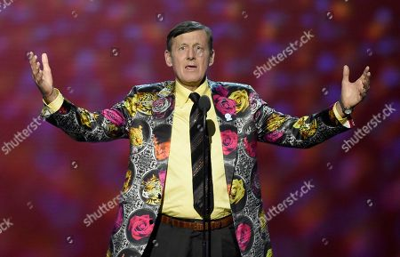 Craig Sager accepts the Jimmy V award for perseverance at the ESPY Awards at Microsoft Theater, in Los Angeles