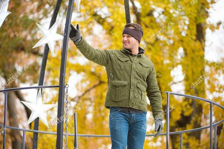 Easton Corbin is seen on 59th Street during the Macy's Thanksgiving Day Parade, in New York