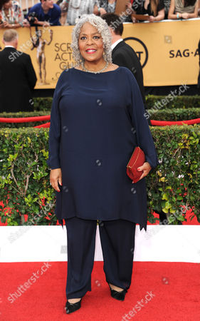 Yvette Freeman arrives at the 21st annual Screen Actors Guild Awards at the Shrine Auditorium, in Los Angeles