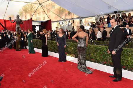 From left, Eva Longoria, Beth Fowler, Annie Golden, Jessica Pimentel and Nick Sandow arrive at the 22nd annual Screen Actors Guild Awards at the Shrine Auditorium & Expo Hall, in Los Angeles