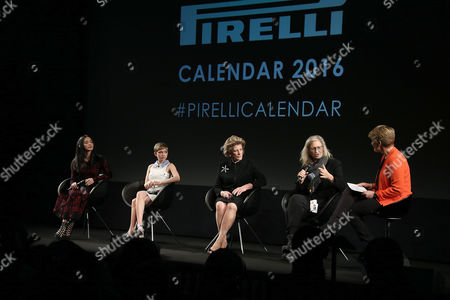 Photographer Annie Leibovitz, 2nd from right, speaks on stage during a press conference for the launch of the Pirelli Calendar 2016, alongside, from left, actress Yao Chen, writer Tavi Gevinson, philanthropist Agnes Gund and presenter Claire Balding, at the Grosvenor Hotel Ballroom in London