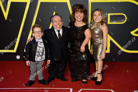Harrison Davis, Warwick Davis, Samantha Davis and Annabel Davis pose for photographers upon arrival at the European premiere of the film 'Star Wars: The Force Awakens ' in London