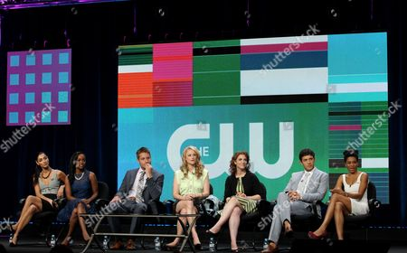"""From left, Necar Zadegan, Aja Naomi King, Justin Hartley, Mamie Gummer, executive producer Jennie Snyder Urman, Michael Rady, and Kelly McCreary, from the television show """"Emily Owens, M.D."""", are seen during the CW Showtime TCA Panels, in Beverly Hills, Calif"""