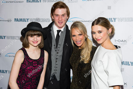 """Joey King, left, Eddie Hassell, Kristin Chenoweth and Olesya Rulin attend the premiere of """"Family Weekend"""" on in New York"""