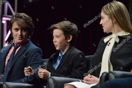 """From left, Nolan Sotillo, Griffin Gluck and Zoe Levin speak on stage during the """"Red Band Society"""" panel at the The FOX 2014 Summer TCA held at the Beverly Hilton Hotel, in Beverly Hills, Calif"""