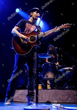 Jason Mraz, backed up by all-girl band Raining Jane including Mona Tavakoli, performed in concert at the Fox Theatre on Tuesday, S, in Atlanta, Ga