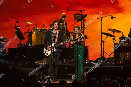 Jaskob Dylan Singers Jakob Dylan, left, and Louise Goffin perform on stage at the MusiCares 2014 Person of the Year Tribute on in Los Angeles