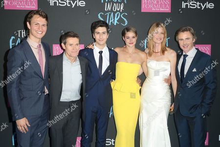 """Actors, from left, Ansel Elgort, Willem Dafoe, Nat Wolff, Shailiene Woodley, Laura Dern, and Sam Trammell attend the premiere of 20th Century Fox's """"The Fault In Our Stars"""" at the Ziegfeld Theatre, in New York"""