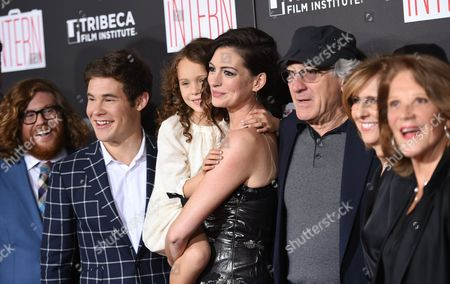 "Actors Zack Pearlman, Adam Devine, JoJo Kushner, Anne Hathaway, Robert De Niro, director Nancy Meyers and Linda Lavin attend the premiere of ""The Intern"" at the Ziegfeld Theatre, in New York"
