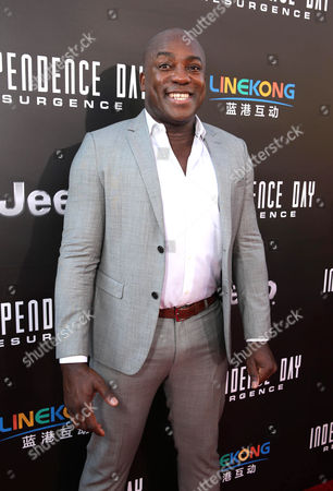 "DeObia Oparei is seen at Roland Emmerich Hand & Footprint Ceremony and Red Carpet screening of Twentieth Century Fox ""Independence Day Resurgence"" at TCL Chinese Theatre, in Los Angeles"