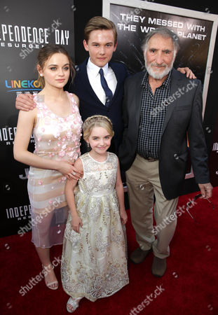 "Joey King, Garrett Wareing, Mckenna Grace, and Judd Hirsch are seen at Roland Emmerich Hand & Footprint Ceremony and Red Carpet screening of Twentieth Century Fox ""Independence Day Resurgence"" at TCL Chinese Theatre, in Los Angeles"