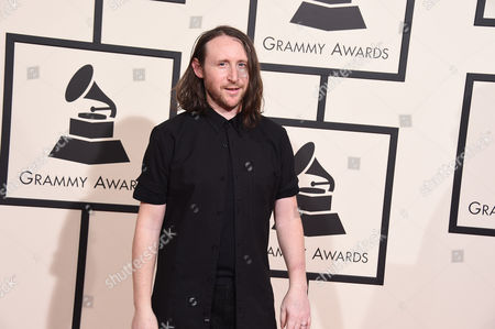 Mike Einziger arrives at the 58th annual Grammy Awards at the Staples Center, in Los Angeles