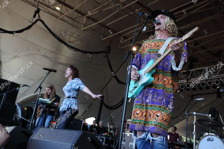 Andrew Wessen, Hannah Hooper and Christian Zucconi of Grouplove performs during The Big Ticket at Jacksonville Metro Park, in Jacksonville, Fla